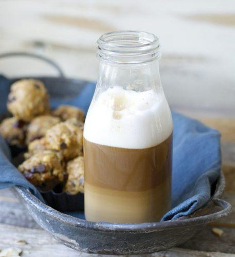 almod vanilla latte